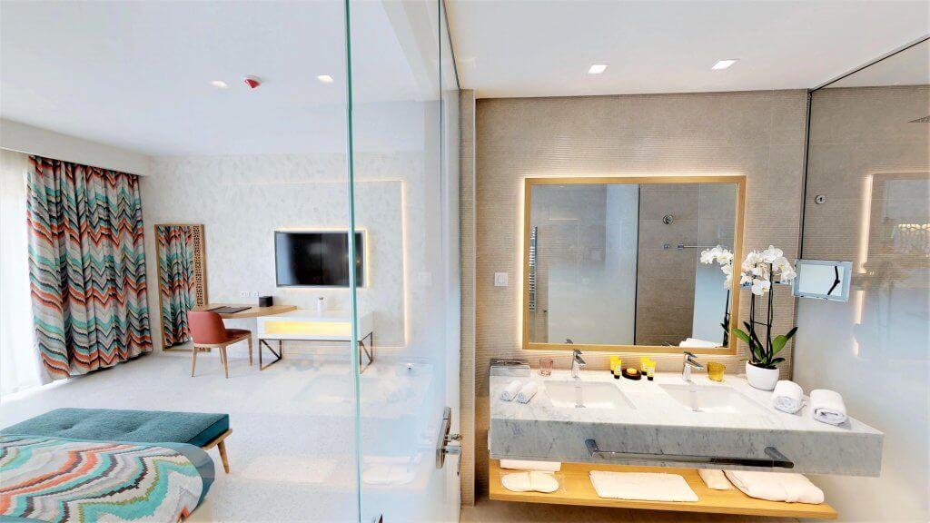 Superior room - Bathroom view