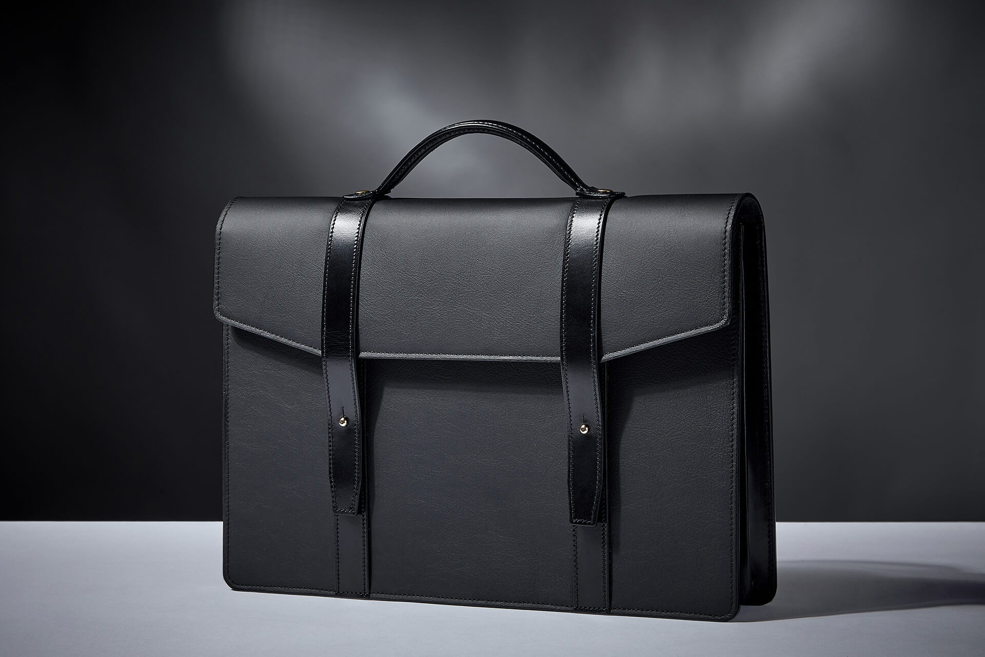 The Briefcase_Bag_Black_C.jpg 2
