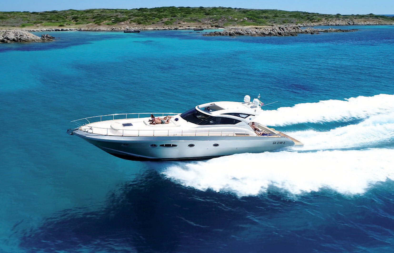 Boat-charter-sardegna-cayman-58-1