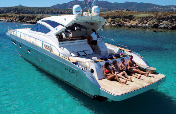 Boat-charter-sardegna-luxury-cayman-58-6