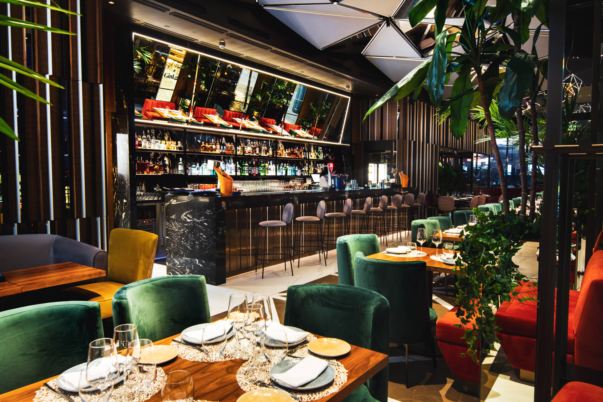 Ginkgo Sky Bar @VP Plaza Esp Design (46)