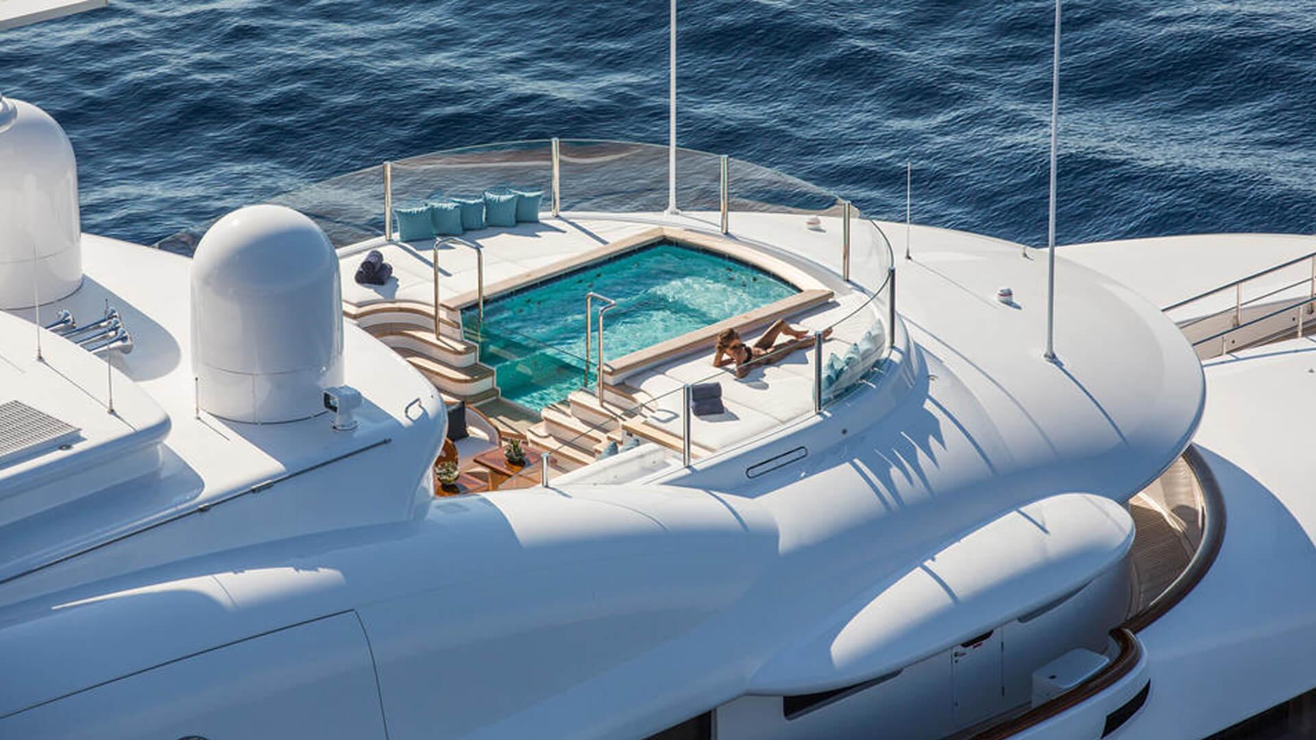 Aquila Yacht Interior