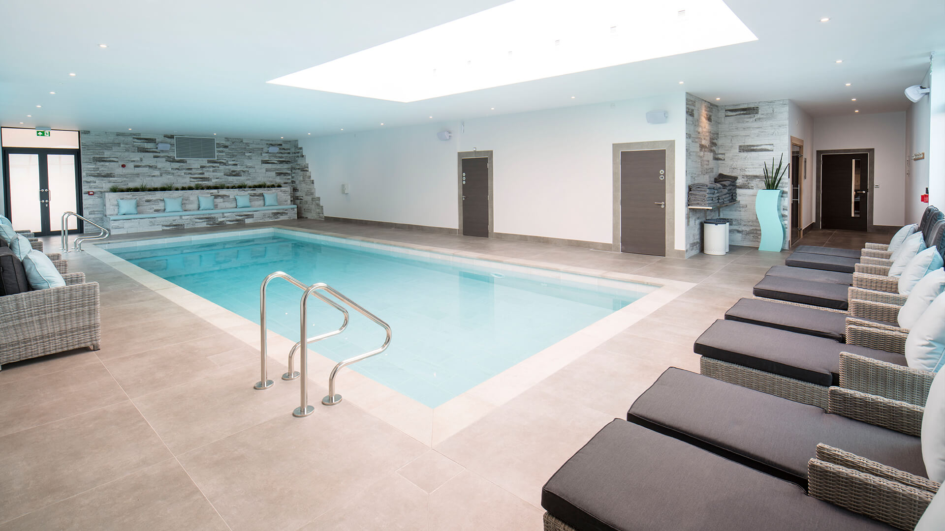 Guests can relax in the twelve-metre indoor heated swimming pool and enjoy treatments from expert therapists.