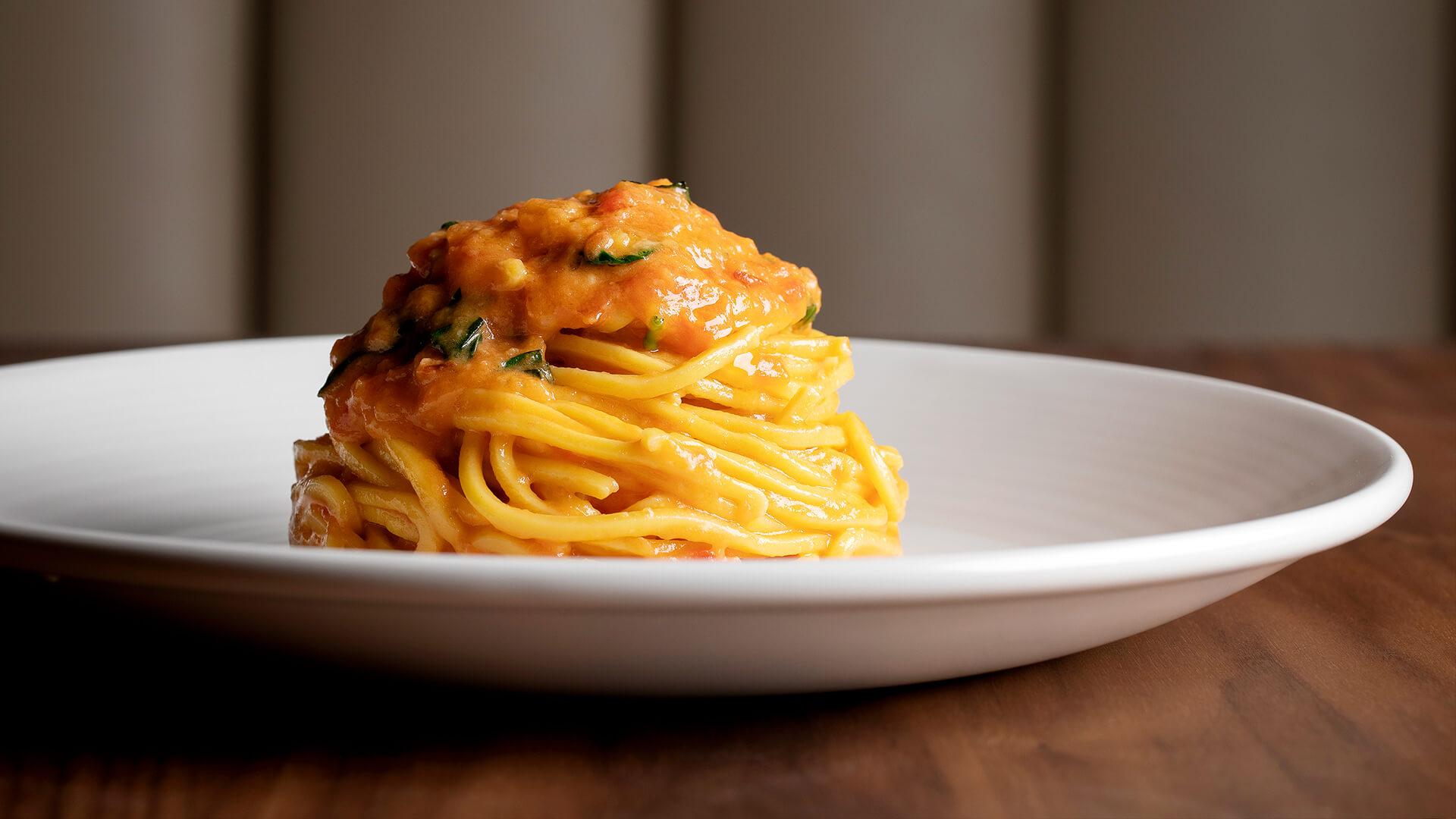 Sette's Tomato and Basil Spaghetti