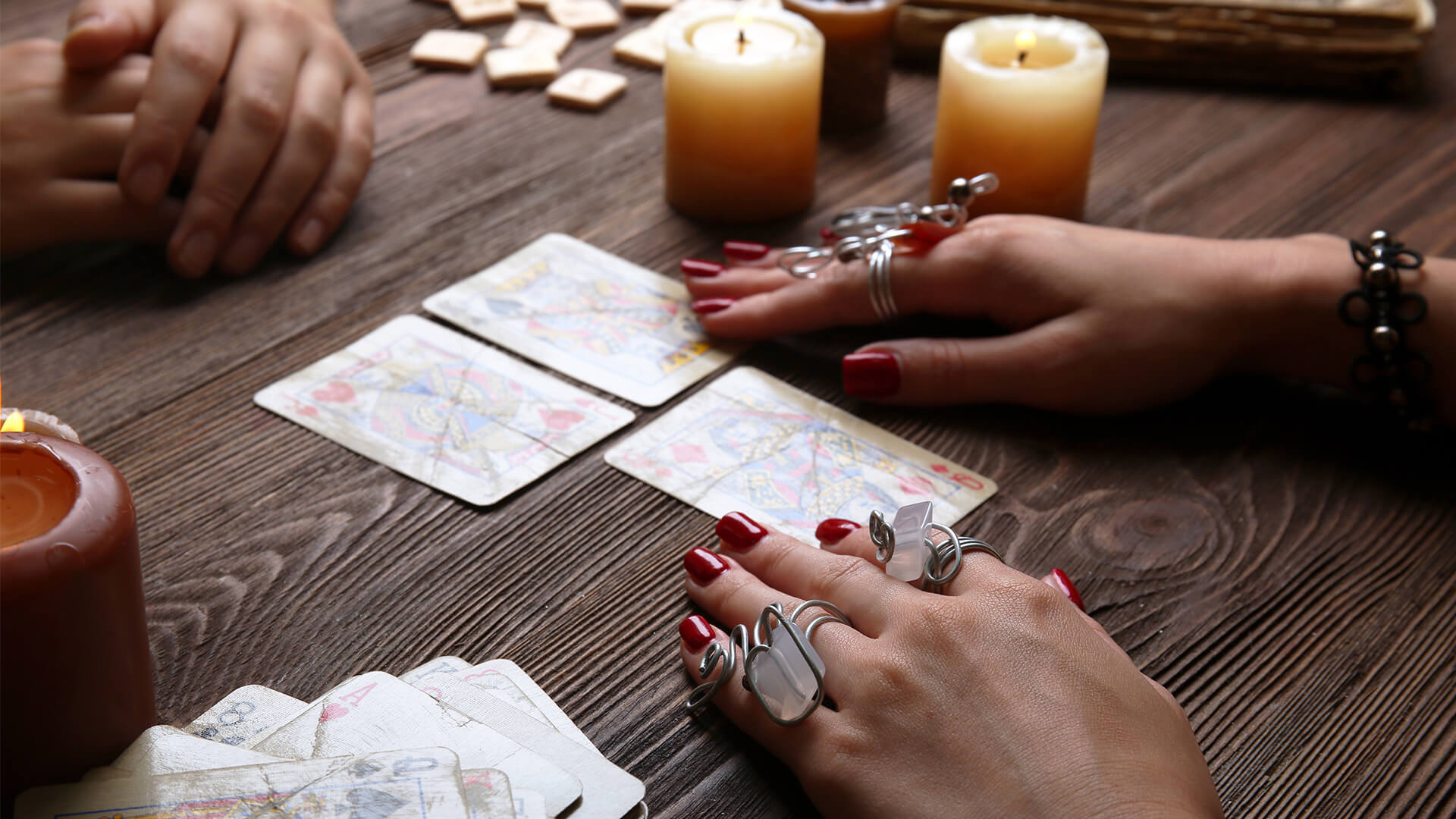How Can A Psychic Reading Change Your Life? - Lux Magazine